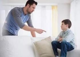 面对青春期孩子的叛逆父母要怎么做