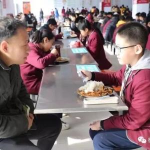 衡水五中桃城中学初中部召开回族学生家长调研会