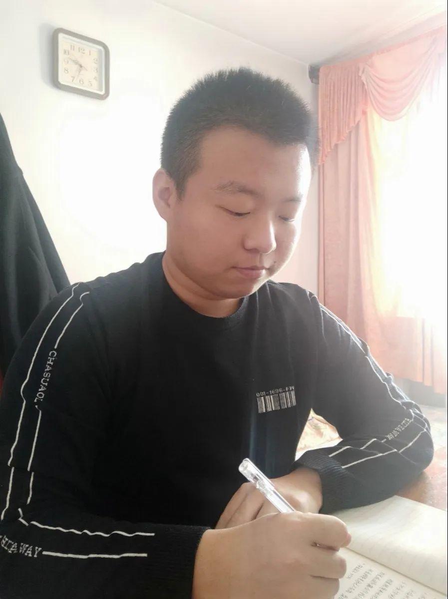 衡水志臻中学初一年级班主任寄语5432 作者: 来源: 发布时间:2020-3-21 14:52