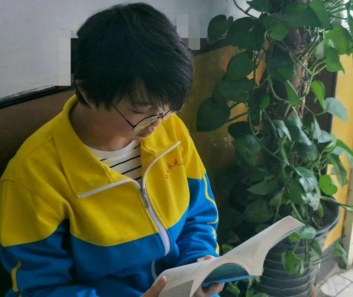 滨湖志臻中学演讲比赛精彩选稿8237 作者: 来源: 发布时间:2020-3-21 14:58