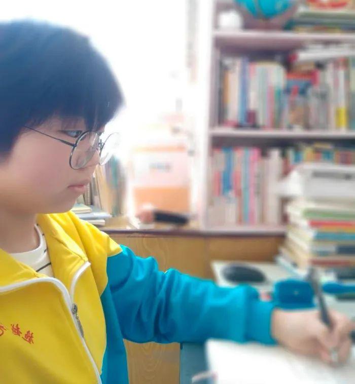 滨湖志臻中学演讲比赛精彩选稿7230 作者: 来源: 发布时间:2020-3-21 14:58