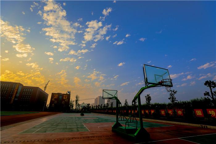 衡水志臻滨湖校区校园环境1329 作者: 来源: 发布时间:2020-4-7 17:04
