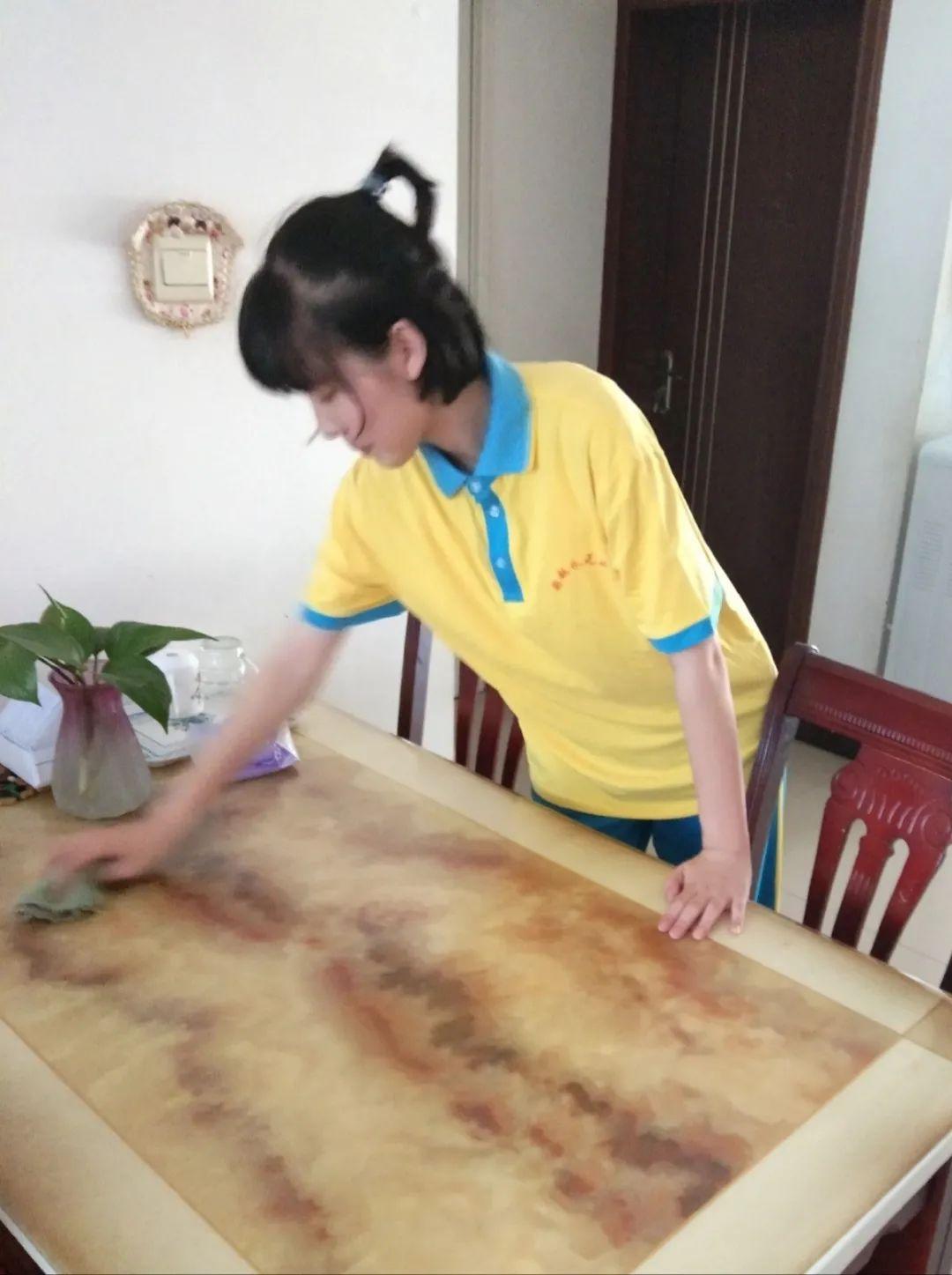 滨湖志臻|五一劳动节,致敬最可爱的人1828 作者: 来源: 发布时间:2020-5-5 08:15