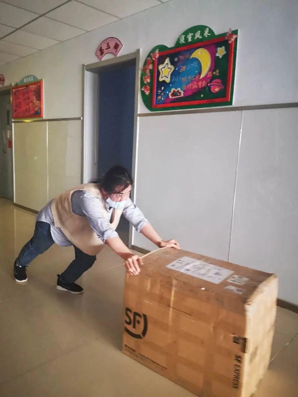 滨湖志臻|五一劳动节,致敬最可爱的人800 作者: 来源: 发布时间:2020-5-5 08:15
