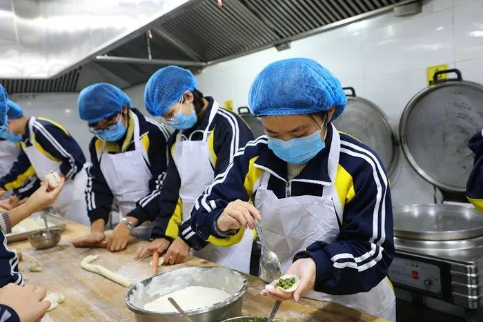 志臻故事丨冬至这天说一说志臻的饺子4246 作者: 来源: 发布时间:2020-12-22 10:29