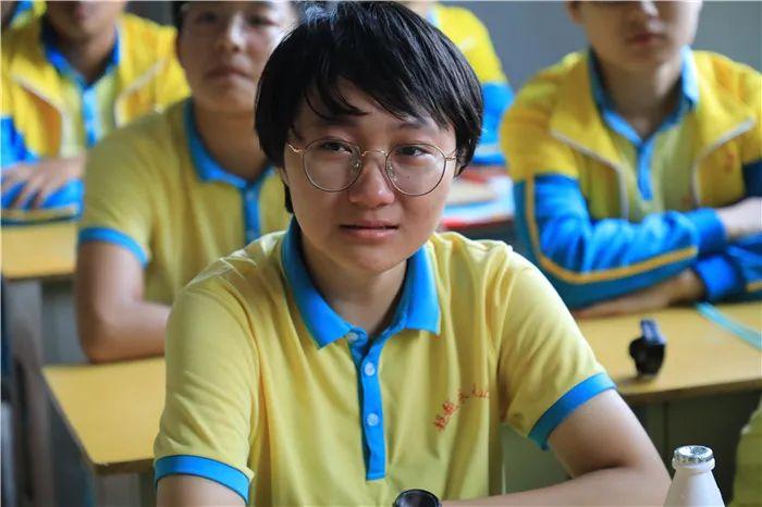 滨湖志臻2020年最难忘的十张照片!一张照片一个故事,看完满是泪和感动5866 作者: 来源: 发布时间:2021-1-1 09:58