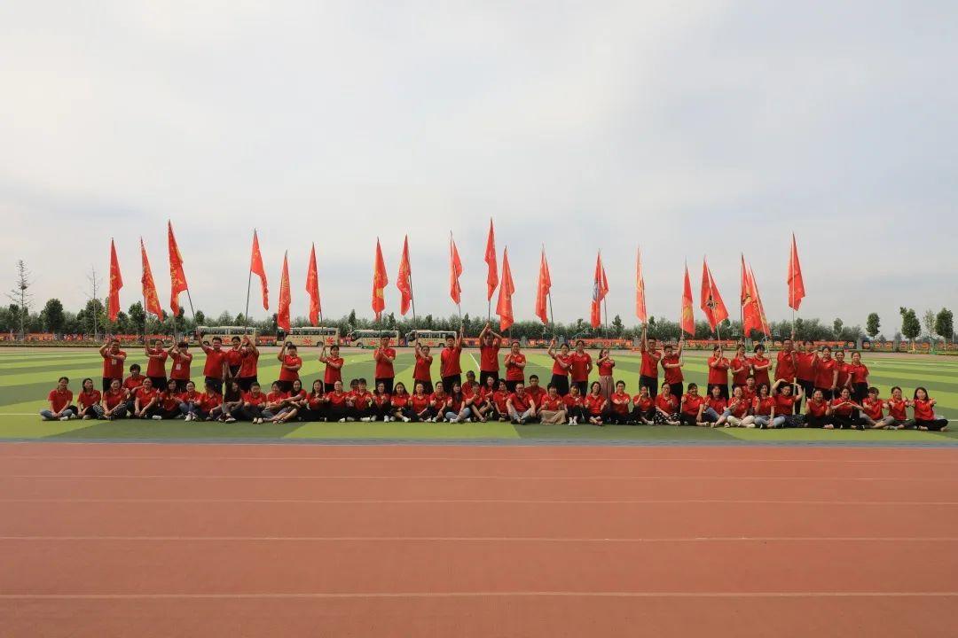 滨湖志臻2020年最难忘的十张照片!一张照片一个故事,看完满是泪和感动8973 作者: 来源: 发布时间:2021-1-1 09:58
